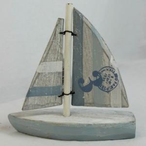Корабль коллекция бич