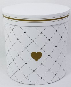 Коробка 61821КЦ 1шт ромб с сердечком 24см