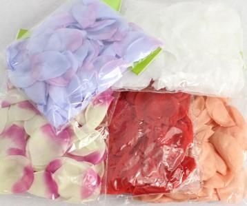 Лепестки розы в упаковке НМ0001