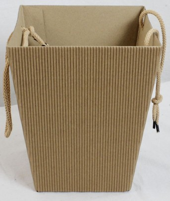 Коробка 4-х слойная крафт 125*180*225